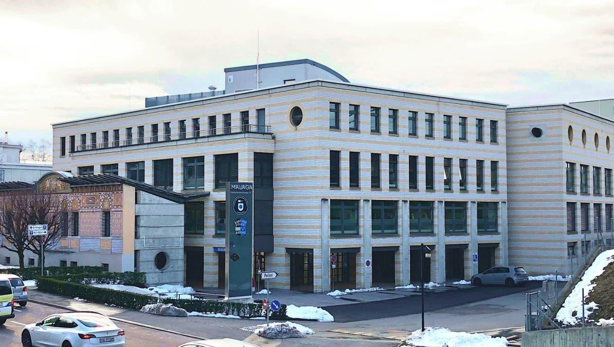 Der neue gemeinsame Polizeistützpunkt in Lenzburg: Das Malaga-Haus von aussen. (Arnold Legal AG)