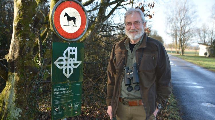 Ranger Hans-Peter Beutler, hier in Altreu, möchte das Verständnis für die Natur fördern. (Peter Brotschi)