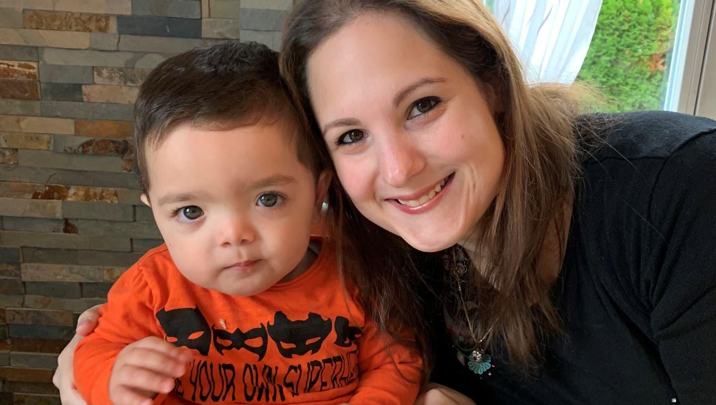 Er sei öfters ein kleines Schlitzohr: Matteo leidet am seltenen FOXC1 Syndrom. (zvg / Limmattaler Zeitung)