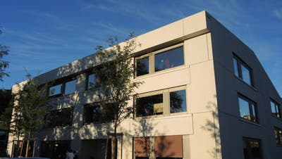 Ein Gebäude der Schule Mellingen an der Bahnhofstrasse. (Stefan Hürst)