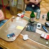 Drogen und Alkohol: Die Coronapandemieverschärft die Suchtproblematik. (Symbolbild) (Keystone)