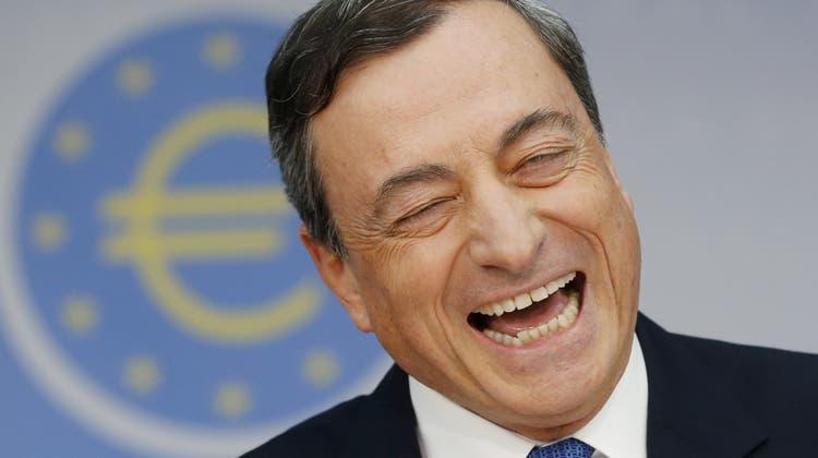 Der frühere Chef der Europäischen Zentralbank, Mario Draghi, versucht derzeit, eine neue Regierung für Italien zusammenzustellen. (AP)