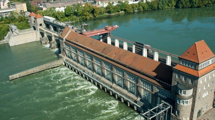 Das Wasserkraftwerk in Laufenburg produzierte im Jahr 2020 rund 700 Millionen Kilowattstunden Strom. (Bild: Zvg)
