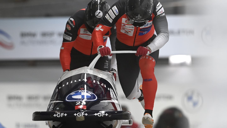 Simon Friedli und Anschieber Andreas Haas fahren an der Zweierbob-WM auf den vierten Platz. (Keystone)
