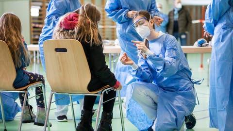 An der Primarschule Mellingen wurden letzte Woche mehrere hundert Kinder und Lehrpersonen auf das Coronavirus getestet. (Britta Gut)