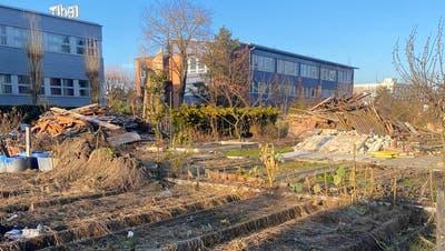Verlassen und verwaist: Die Schrebergärten am Lorzenweg im November. (Leserbild (Zug, 20. November 2020))