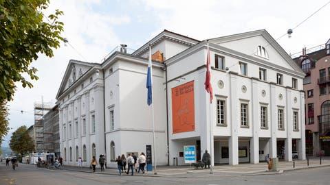 Bald soll im Luzerner Theater das Bühnenerlebnis wieder vor Ort erfolgen. Bis dahin bietet das Haus einmal pro Woche Live-Streams an. (Patrick Huerlimann (Luzern, 22. September 2020))