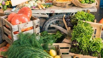 Soll nach dem Willen der Berner Politik bald nicht mehr zollfrei möglich sein: Die Lieferung von Gemüse aus dem grenznahen Ausland. (Bild: zVg)