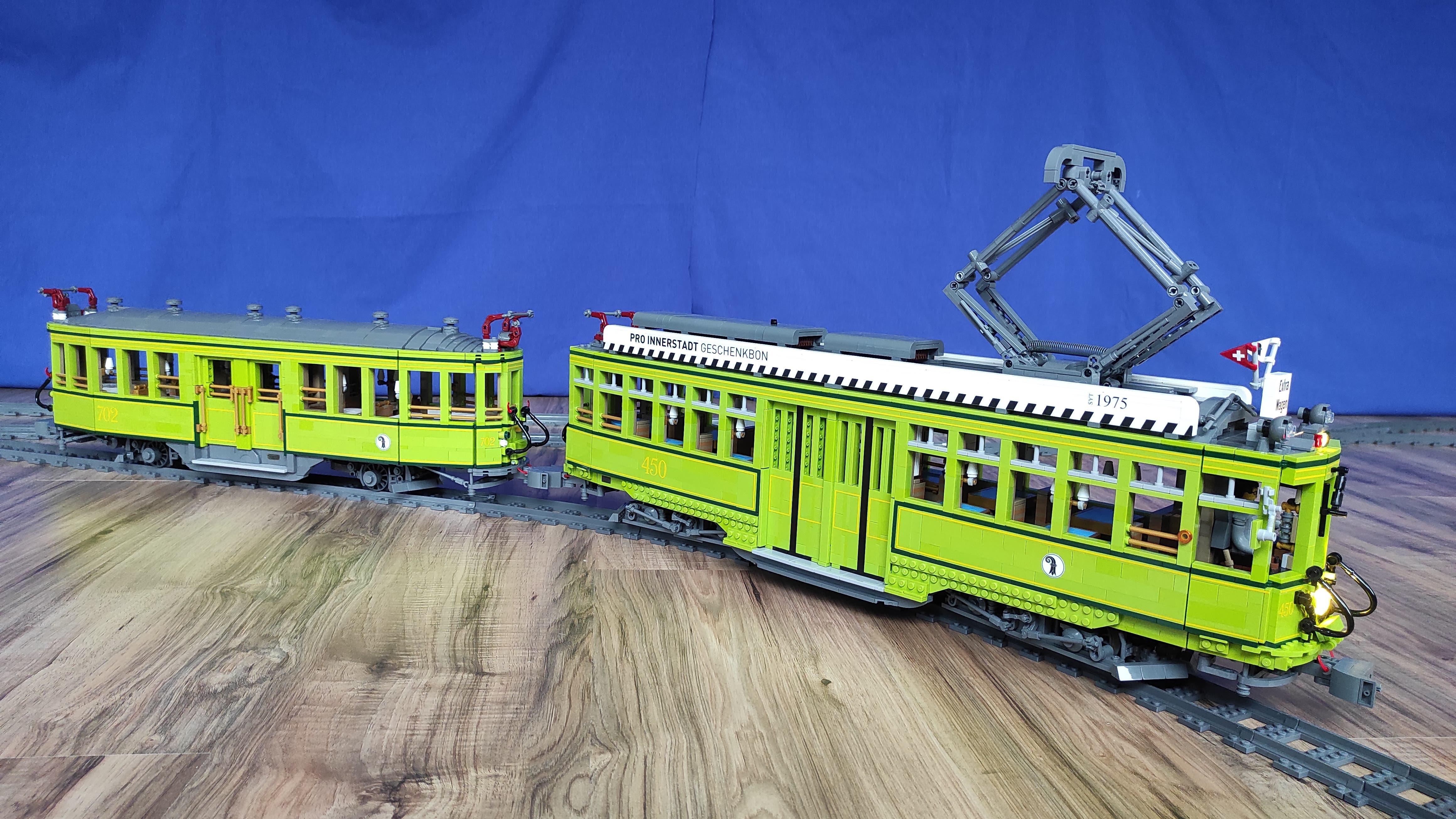 Nicht zum ersten Mal erschuf der Primarlehrer ein Fahrzeug aus Legosteinen.