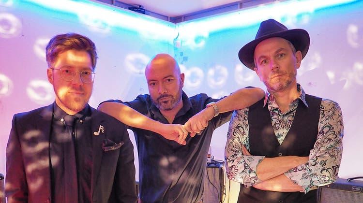 Michael Zezzi, Jonathan Winkler und Hannes Herger (v.l.n.r.) bilden das Trio Hermann. (Bild: PD)