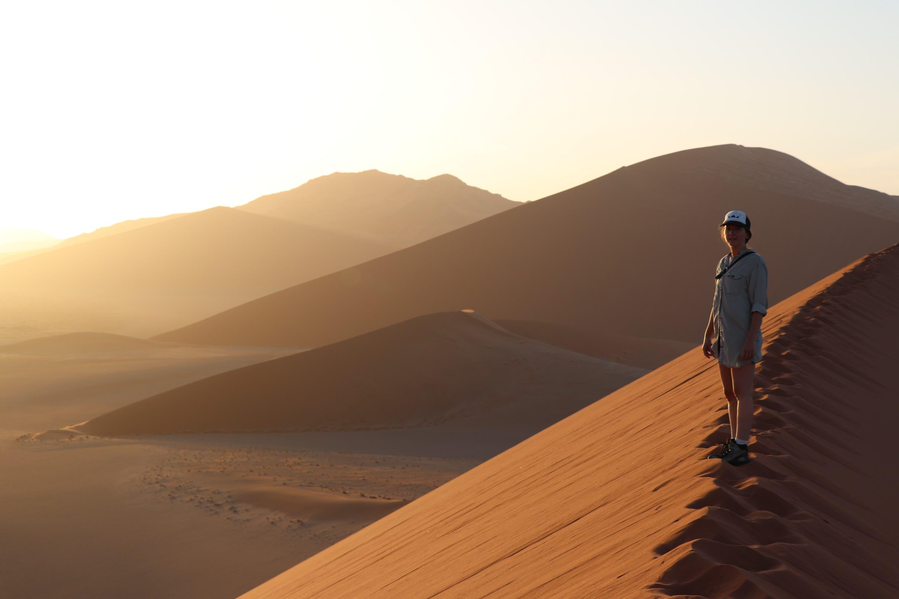 2. November 2020, Namibia: Die eindrücklichen Dünen von Sesriem im Morgenlicht.