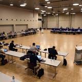 18 Einwohnerrätinnen und Einwohnerräte enthielten sich bei der Abstimmung zum Schulraum-Kredit ihrer Stimme. (Alexander Wagner (Dezember 2019))