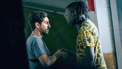 Franck (links) arbeitet für den Gangsterboss Tony in «Caïd». (Bild: Netflix)