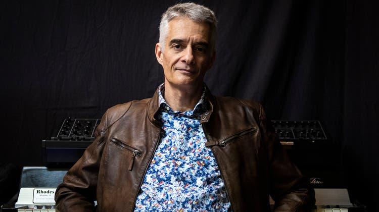 Der Frauenfelder Musiker Floriano Hugentobler geht mit «With and without», seinem zweiten Album, an die Öffentlichkeit. (Bild: Reto Martin)