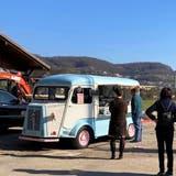 Der Food-Truck am Klingnauer Stausee ist auch bei kalten Temperaturen sehr beliebt. (zvg)
