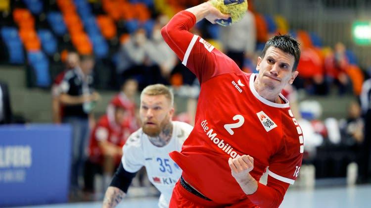 Einmal mehr überragend: Andy Schmid erzielt beim 32:30 gegen Finnland 14 Tore. (Marc Schumacher / freshfocus)