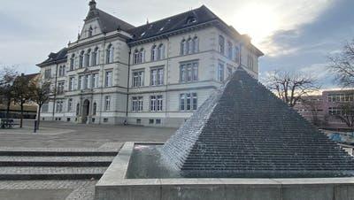 Zwei Klassen der Bezirksschulebefinden sich seit Freitag in Quarantäne. (Marc Ribolla (8.3.2021))