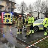 Eine 69-Jährige überlebte den schlimmen Unfall, für ihre Tochter kam jedoch jede Hilfe zu spät. (Kantonspolizei Aargau)