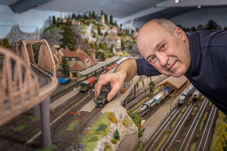 Seit 1997 arbeitet Martin Müller aus Dietikon an seiner Modelleisenbahn.