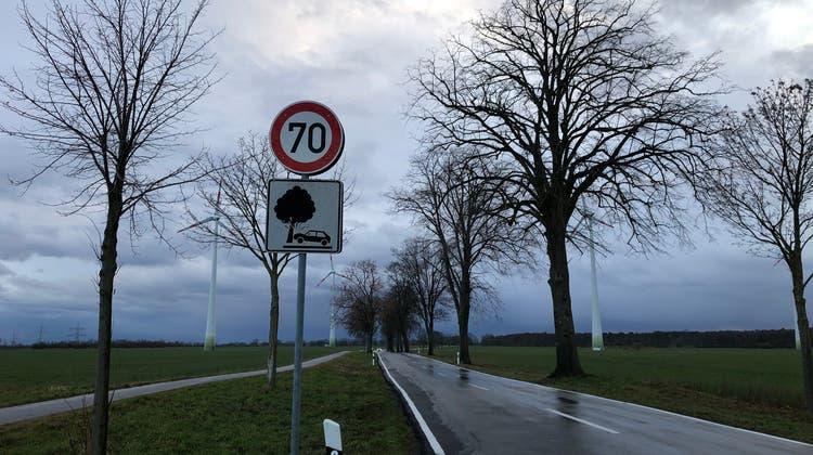 Sie Aargauerin staunt immer wieder über spezielle Strassenschilder. (Bild: zvg)