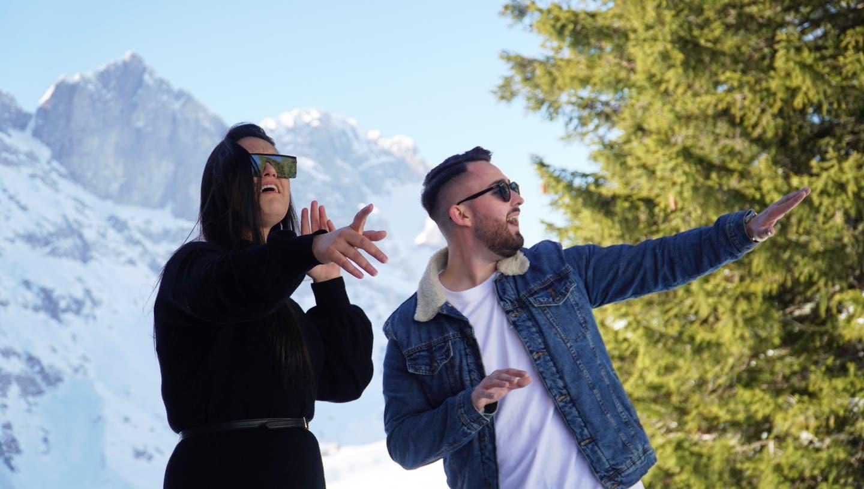 Der Fricktaler Rapper Lepardo bringt am 26. März seine neue Single «Gemeinsam» raus. Mit auf dem Bild:Freschta, die den Hook singt. (zvg)