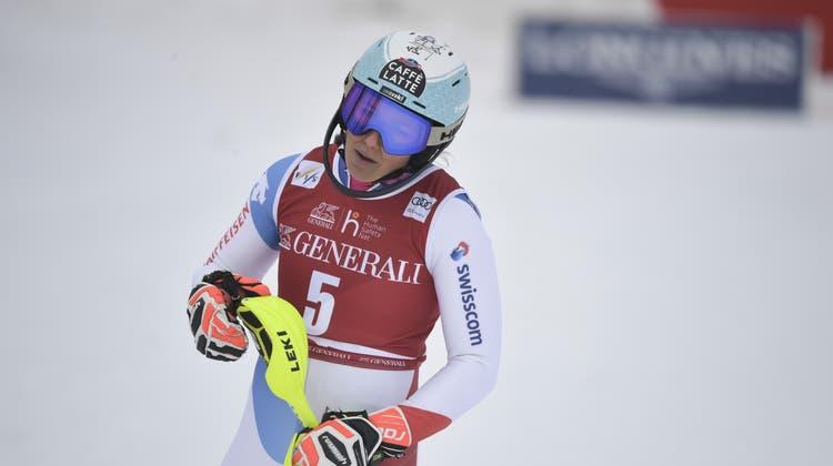 Wendy Holdener und ihrem Trainer Klaus Mayrhofer gehe es laut dem Schweizer Skiverband gut. (Pontus Lundahl/Tt / AP)