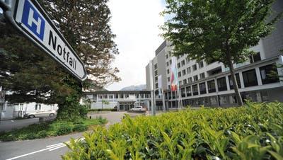 Das Kantonsspital Uri und der Belegarzt gehen in Zukunft getrennte Wege. (Bild: Urs Hanhart)
