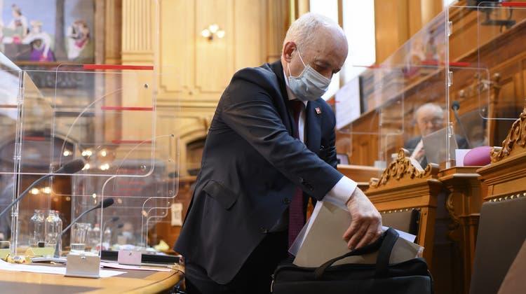 Fertig beraten: Finanzminister Ueli Maurer hat drei intensive Wochen im Parlament hinter sich. Nach langen Debatten haben sich nun National- und Ständerat bei den Covid-Hilfen geeinigt. (Anthony Anex/Keystone)