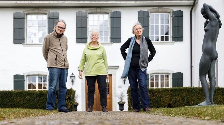 Drei stellen gemeinsam im Schlösschen Vorder-Bleichenberg in Biberist aus: v.l. Bruno Leus, Jill Wäber, Verena Thürkauf (Hanspeter Bärtschi / SZ)