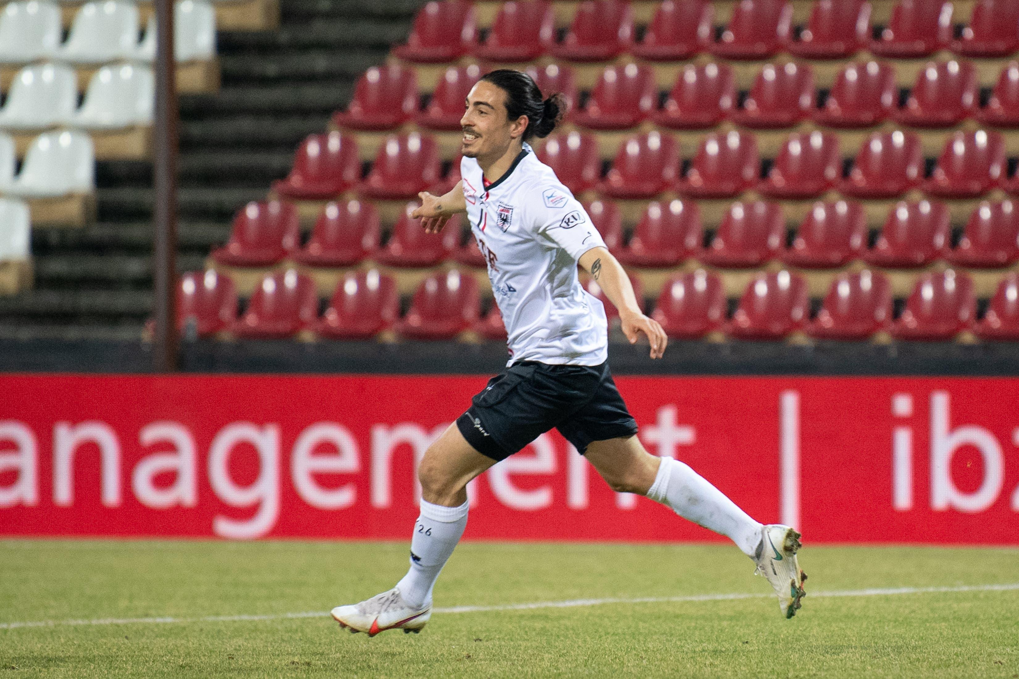 Mickael Almeida gelingt das 1:0.