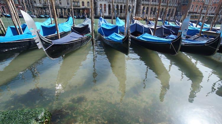 Stehen seit über einem Jahr still: Gondeln in Venedig. Ab heute steht die Stadt mit ihrem Umland Venetien auf der Quarantäneliste der Schweiz. (EPA)