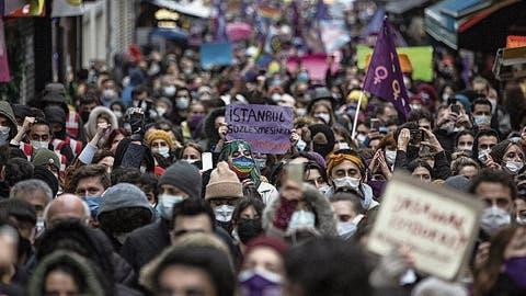Erdogan kündigt Abkommen zum Schutz von Frauen - und tritt eine internationale Protestwelle los