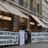 «Veränderung: häni dinizit isch au denn UM!», heisst es auf einem Demo-Banner. (Foto: iga)