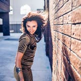 Ein Videoentwickler ist begeister von Linah Rocios schamanischer Stimme. (Caroline Stäger)