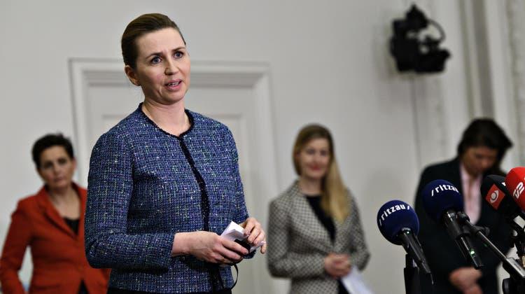 Die dänische Regierungschefin Mette Frederiksen hat gute Neuigkeiten für die Dänen: Im Sommer ist Schluss mit den Restriktionen. (EPA)