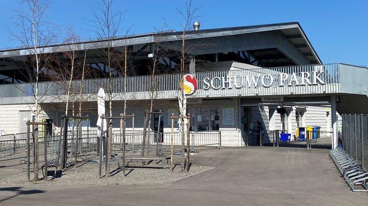 Der Schüwo-Park mit der Eishalle in Wohlen. (Marc Ribolla)