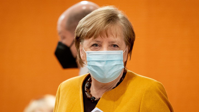 «Mea culpa» - Merkel entschuldigt sich für ein undurchdachtes Konzept für eine spezielle Oster-Ruhe. «Es war mein Fehler». (Kay Nietfeld / dpa-Pool/24. März 2021)