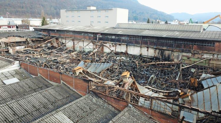 Der Brand des Strebel-Areals liegt über drei Jahre zurück. Nun kommt Bewegung in die Angelegenheit. (Bild: Peter Riechsteiner)