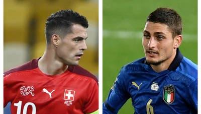Die Schweiz mit Captain Granit Xhaka startet heute in Bulgarien in die WM-Qualifikation. Die Spiele gegen Italien folgen dann im September und November - und zuvor messen sich die beiden Teams auch an der EM gegeneinander. (Keystone/Imago)