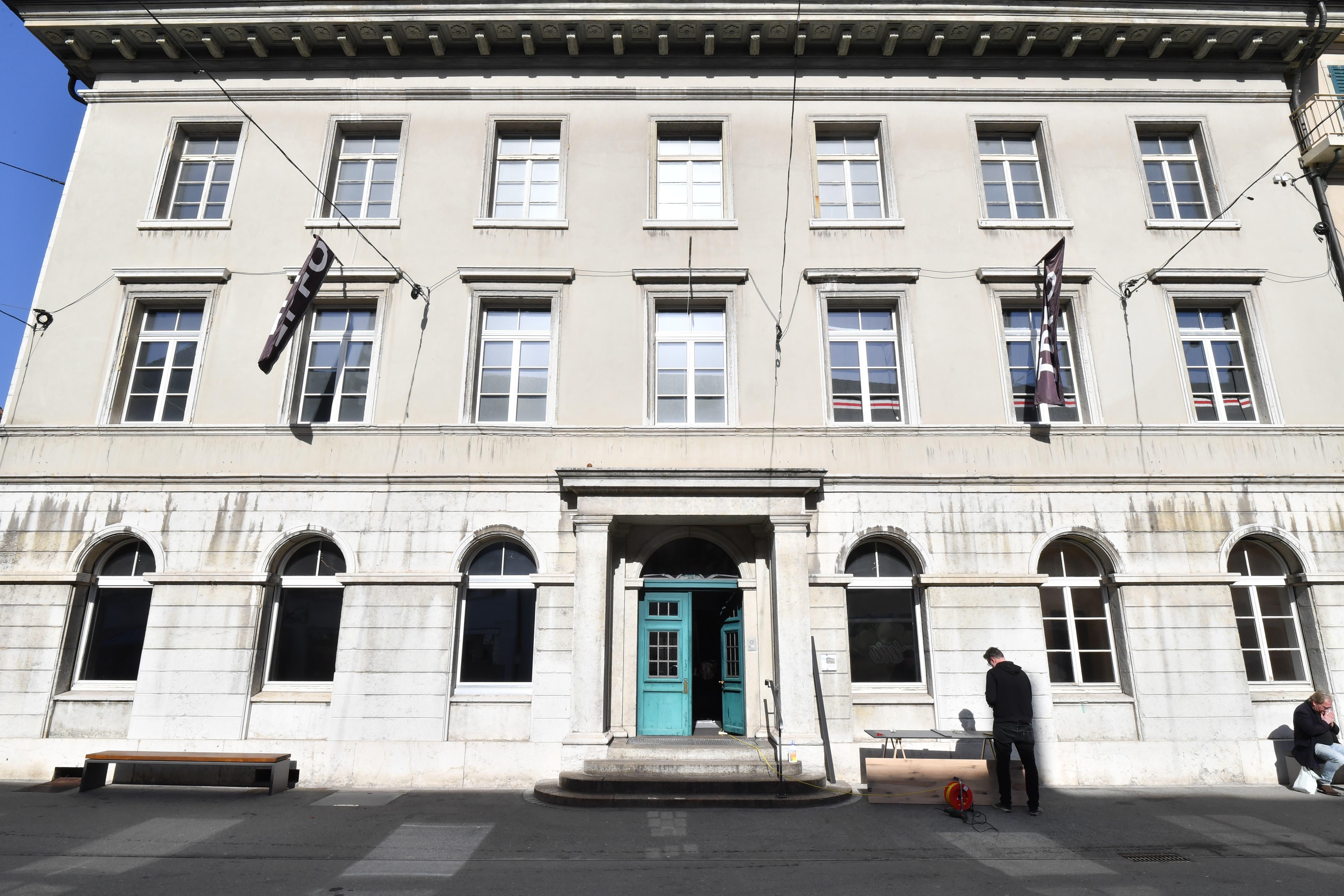 Das ehemalige Naturmuseum in Olten wurde sanft renoviert und hat seinen Betrieb als «Haus der Fotografie» (IPFO) aufgenommen.