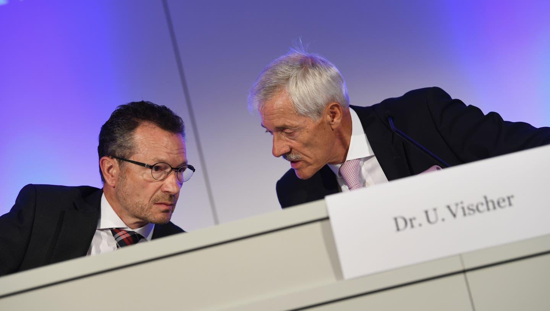 Schräglage bei der MCH Group: Ueli Vischer (r.) tritt als Verwaltungsratspräsident ab. Beat Zwahlen (l.) führt den Messekonzern weiter interimistisch als Konzernchef. (Juri Junkov / BLZ)