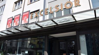 Austragungsort des ersten Horrorfilm-Festivals Brugggore ist das Cinema Excelsior, das über 170 bequeme Sitzplätze verfügt. (Bild: mhu)