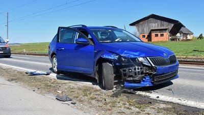 Eines der beiden Unfallfahrzeuge. (Bild:Luzerner Polizei)