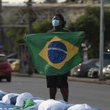 Hart getroffen von der Pandemie: Die brasilianische Bevölkerung. (Keystone)
