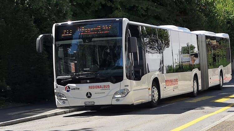 Wegen dichtem Rauch: Bus kann mehrere Haltestellen nicht mehr anfahren