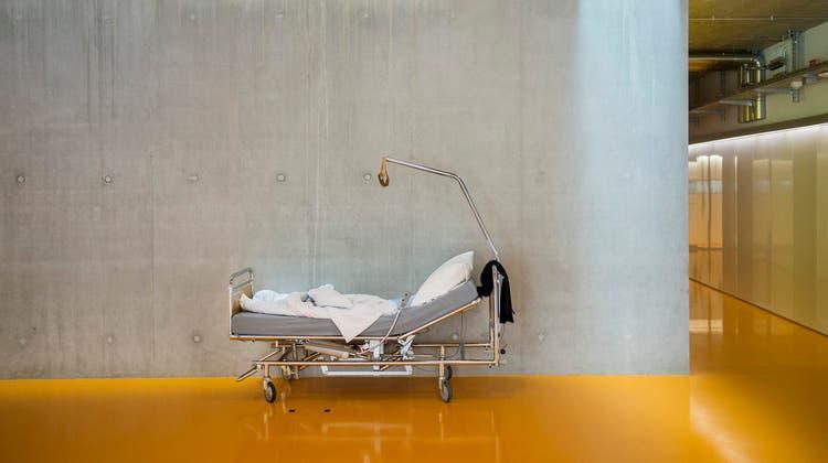 In einigen deutschen Bundesländern ist der Migrantenanteil in Kliniken wegen einer Corona-Erkrankung auffällig hoch. Nun wird untersucht, ob das auch im Baselbiet der Fall ist. (Themenbild: Urs Bucher)