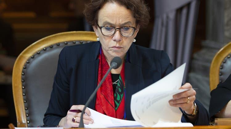 Eva Herzog, SP-BS, setzt sich für die soziale Absicherung der Schweizer Kulturschaffenden ein. ((18. Dezember 2019) Peter Klaunzer / KEYSTONE)