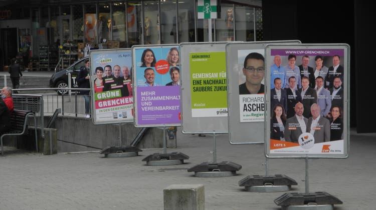 Plakate für die Grenchner Gemeinderatswahlen (at.)