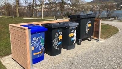 Container für Glas, PET, Alu und Restmüll bei der Ufschötti. (Bild: Stadt Luzern)