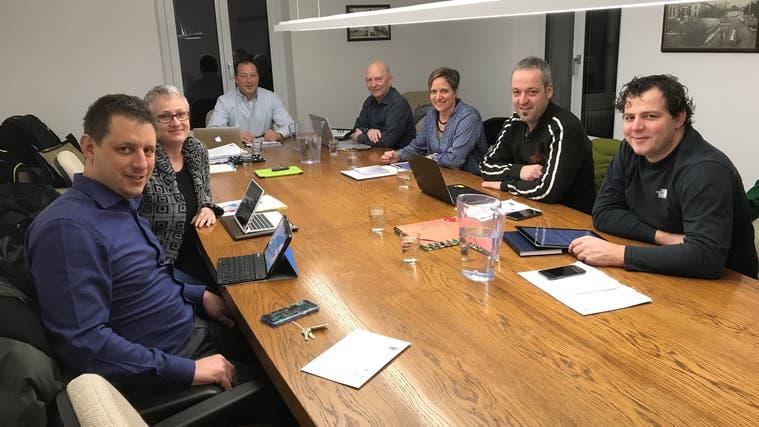 Der Gemeinderat Recherswil im Januar 2019. Für Karin Wimberger(zweite von links) ist in der ZwischenzeitRomana Wimbergernachgerückt. (Zvg)